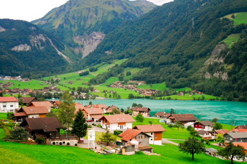 This Beautiful Swiss Town Will Pay You to Live There 1