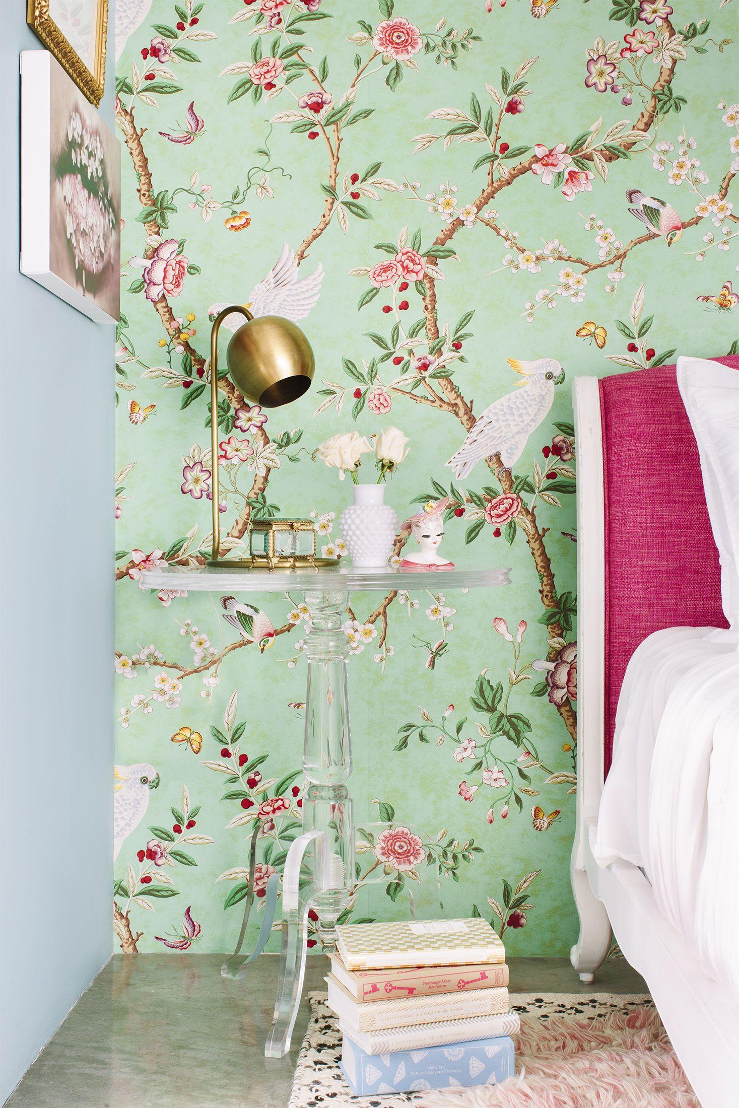 Spring Decor Ideas - Floral Wallpaper