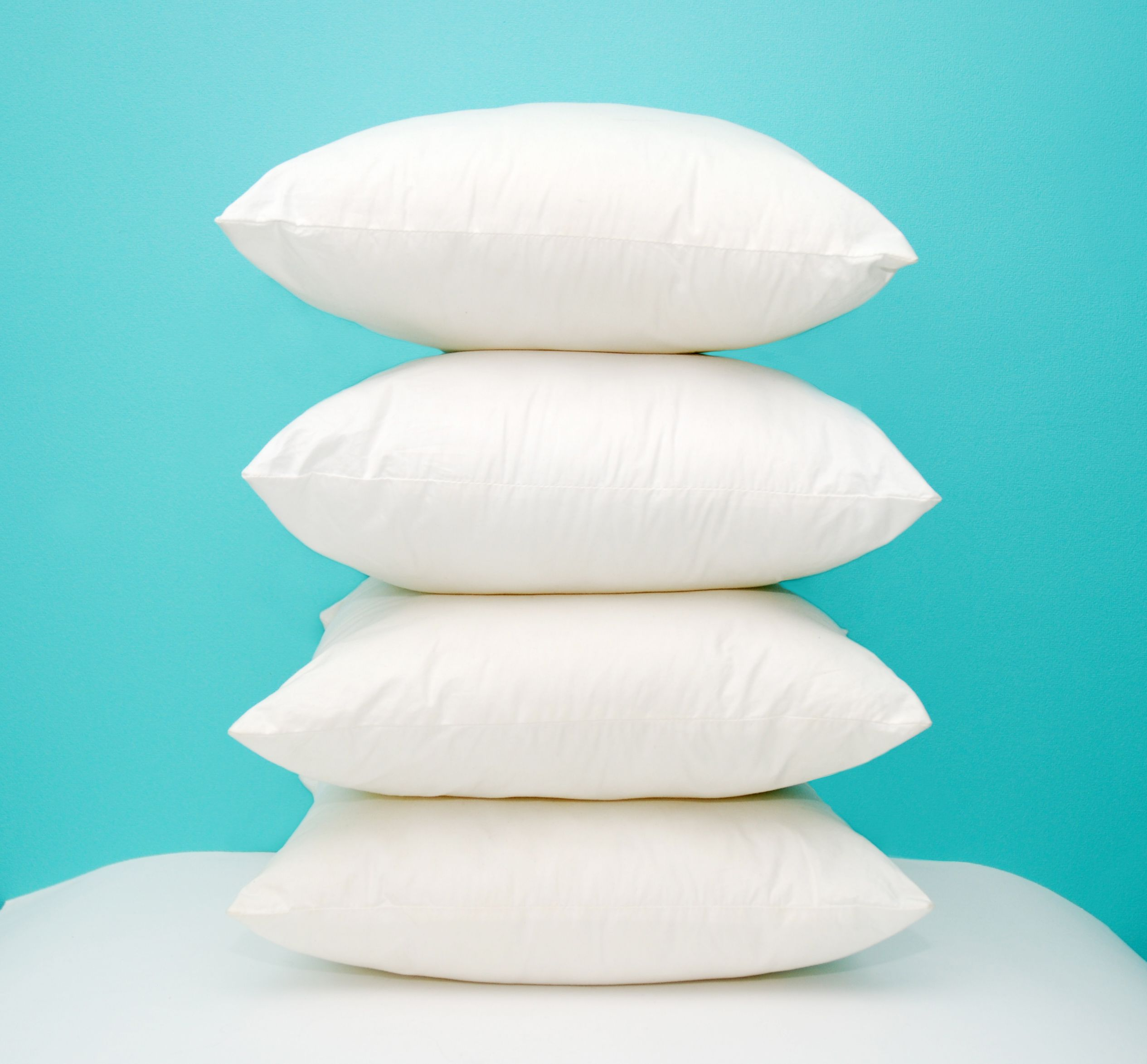 this quick trick will tell you exactly when it s time to replace your old pillow