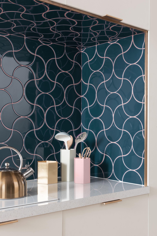 topps tiles reveals syren midnight