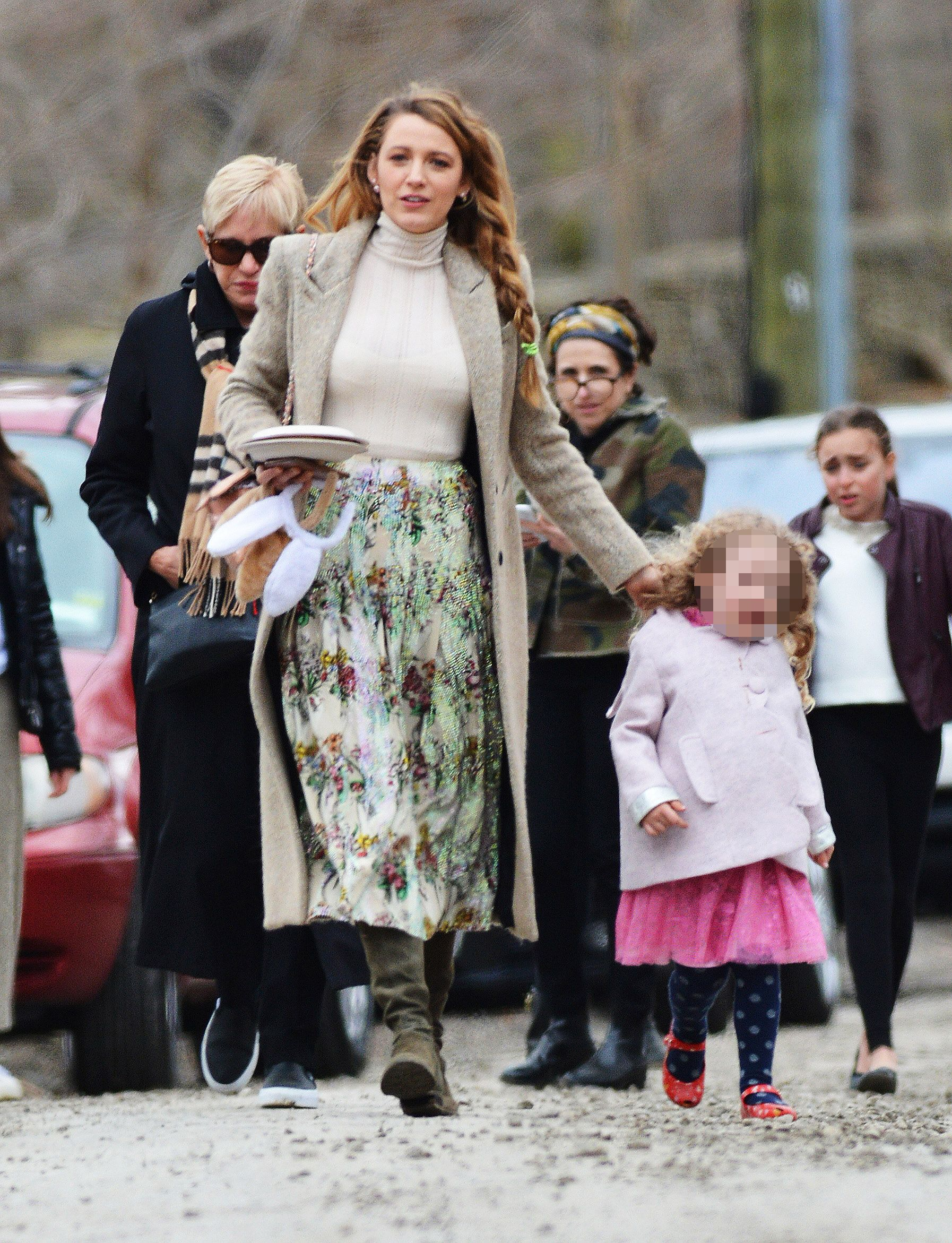 Blake Lively and James Reynolds walking up to Martha Stewart's Easter Party