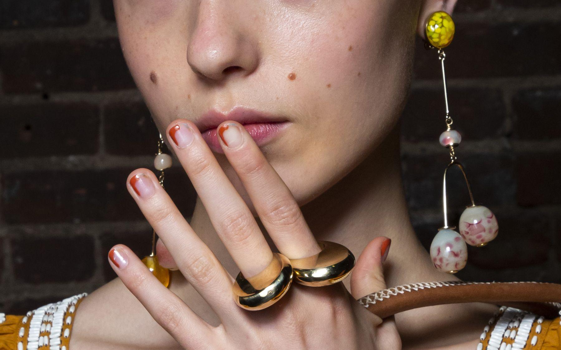 Moda Smalti 2020 Le Nail Art E Gli Smalti Piu Belli Dell Anno