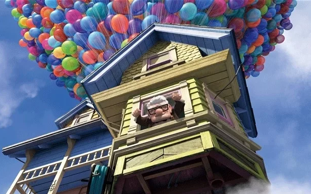 Disneyland S New Donut Looks Exactly Like The Up House