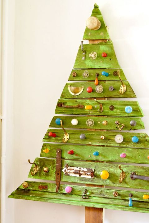 Wood Pallet Christmas Tree Ideas.Plans For Pallet Christmas Tree Thecannonball Org