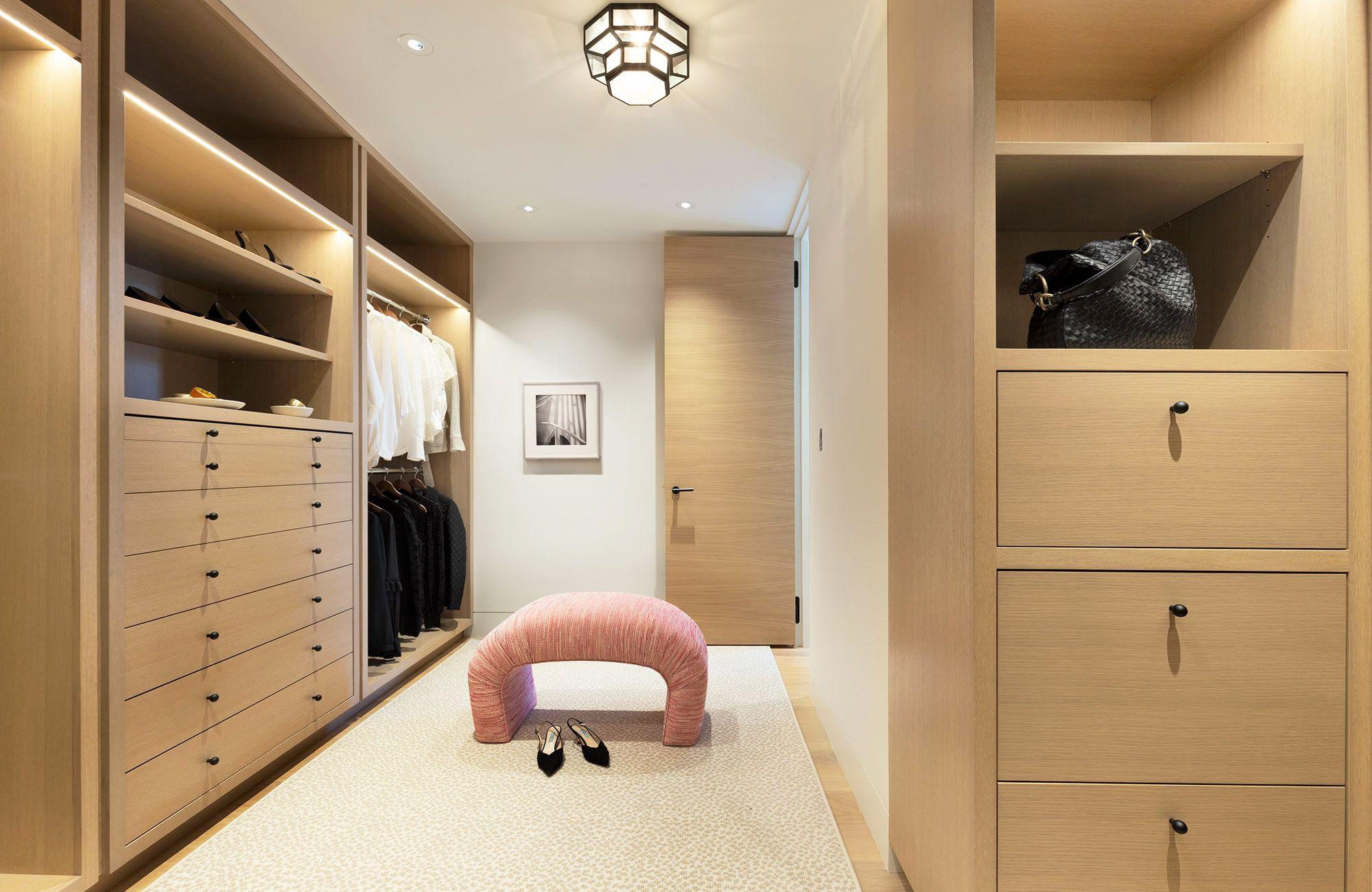 25 best walk in closet storage ideas