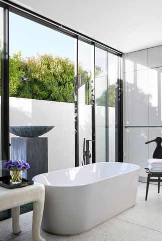 30 stunning white bathrooms how to