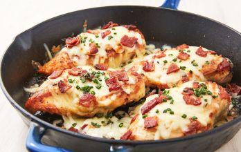 Best Cheesy Bacon Ranch Chicken Breasts Recipe - Delish.com