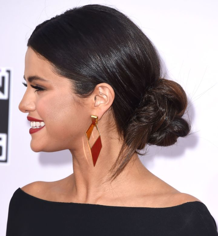 12 Polished Work Hairstyles For Mornings When You Just Can t Even