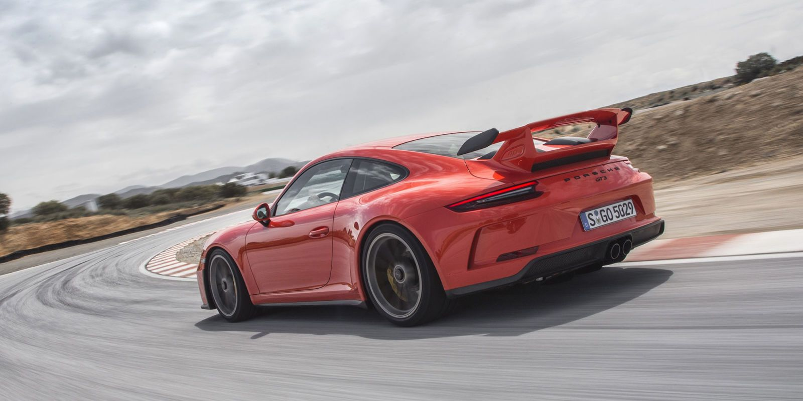 New 911 GT3 – Porsche 9912 GT3 Manual First Drive
