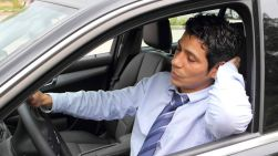 dangerous things drivers do while driving