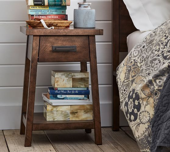 small bedside tables for tiny bedrooms
