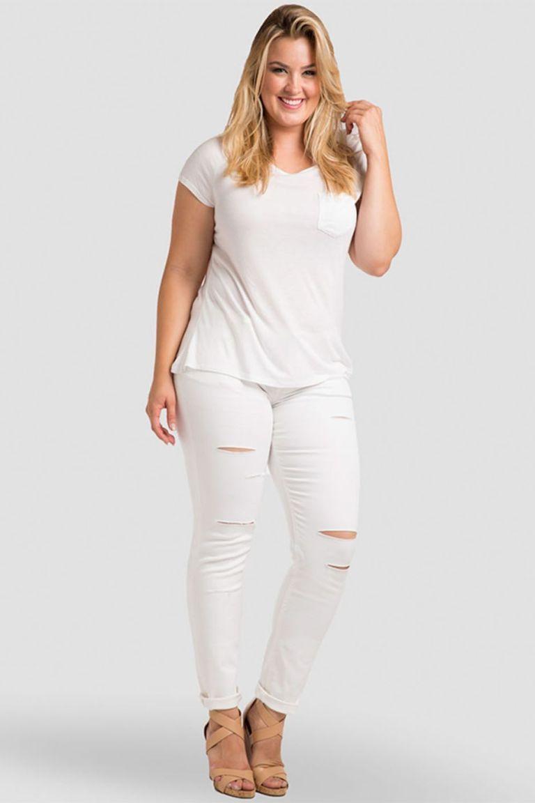 f1fb6ea96693 15 All-White Outfit Ideas Are Too Cute - crazyforus