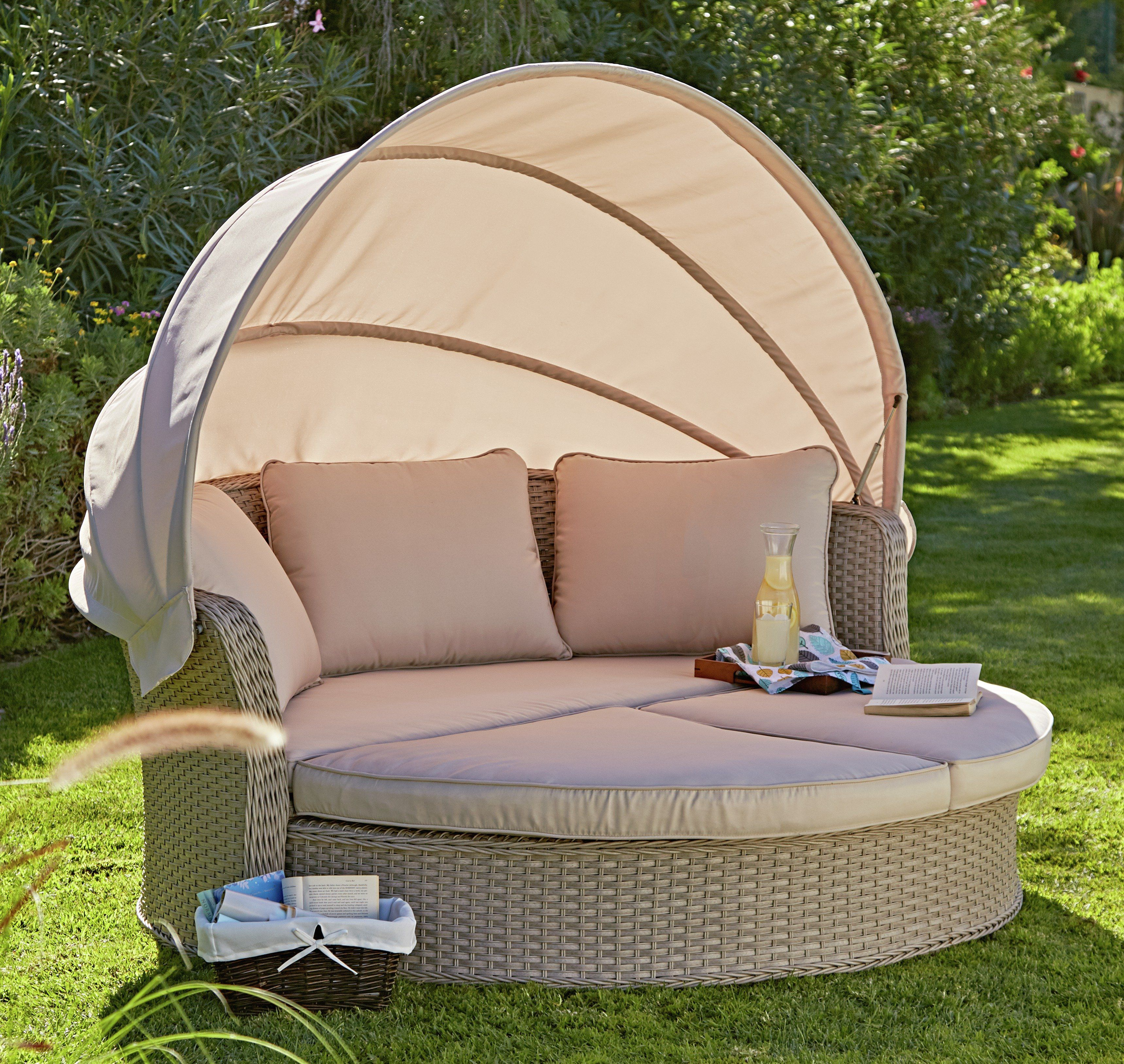 rattan effect day bed