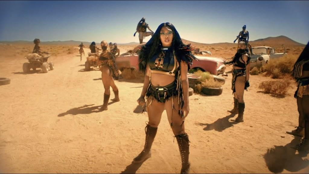 Megan Thee Stallion - Girls In The Hood & Savage Remix (Video)
