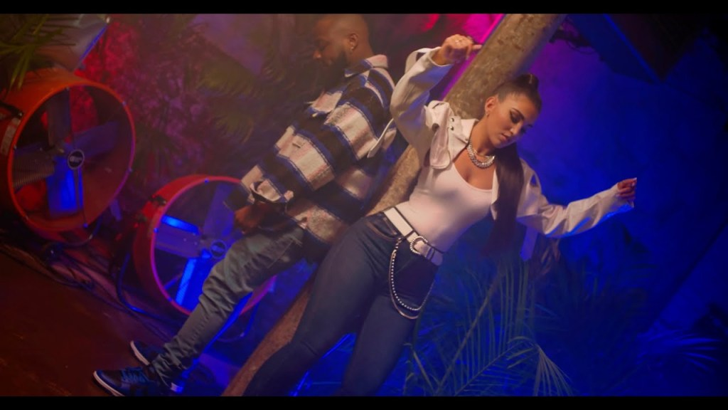 Enisa – Love Circle Remix Ft Davido [Video]