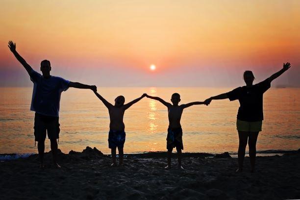 家族の絆 イメージ