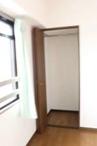 洋室2の収納