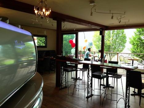 Milano-roasters-interior-Columbia-lounge
