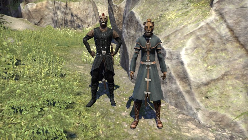 Sadara-do and Razum-Dar outside Eton Nir Grotto