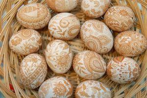 kezzel-festett-husveti-tojas