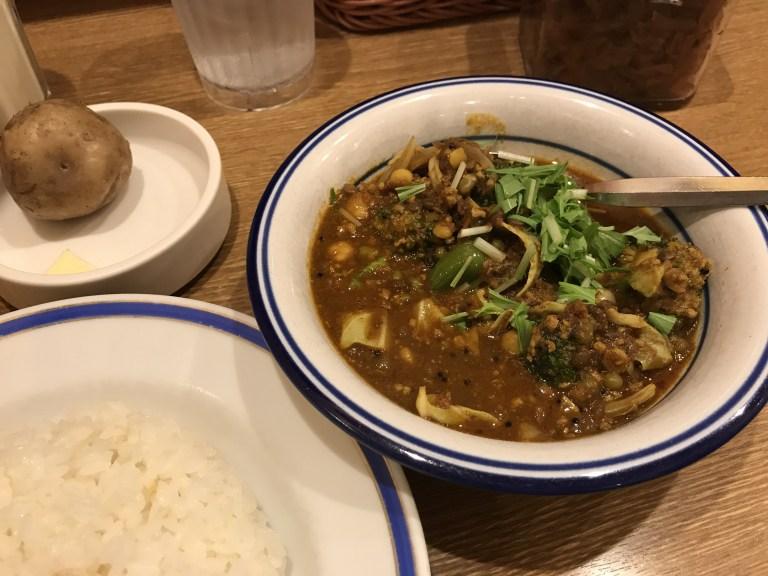 エチオピア 野菜豆カリー