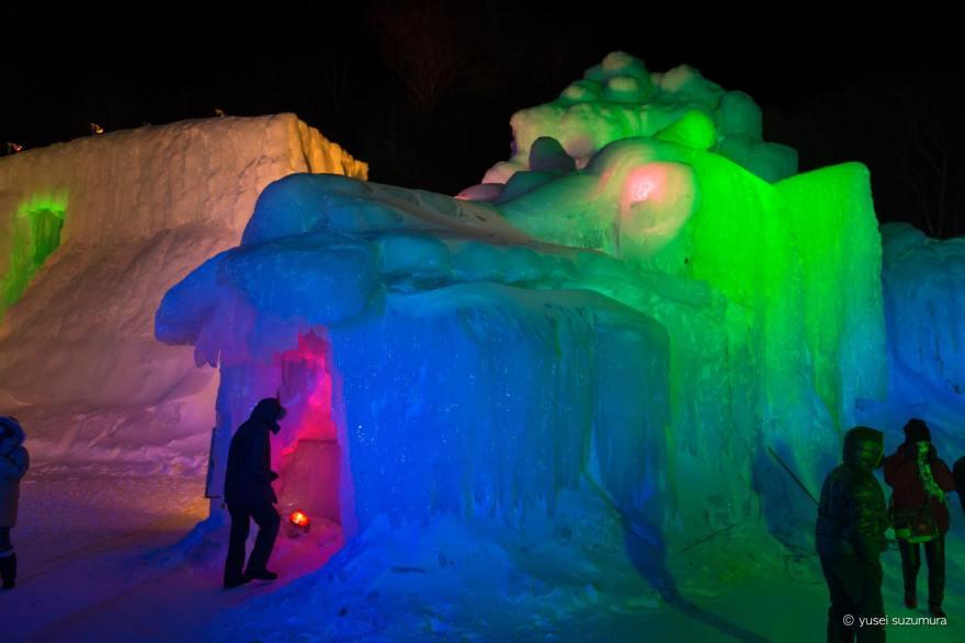氷瀑まつり 龍 オブジェ
