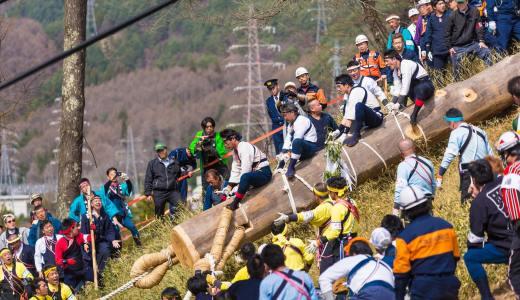 七年に一度!!御柱祭の下社木落しで写真を撮影してきた。