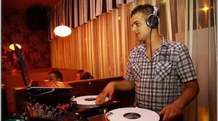 DJ Kelemen a Hírös 7-en