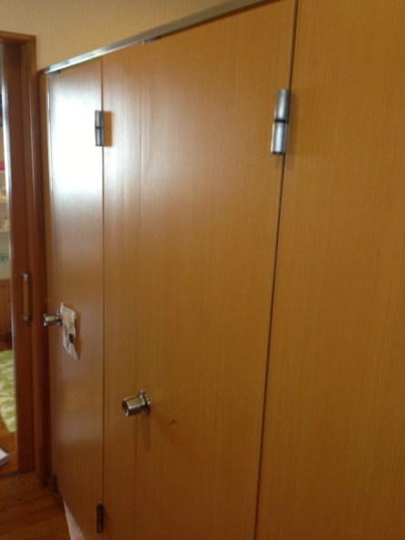 天然木を使った扉です。
