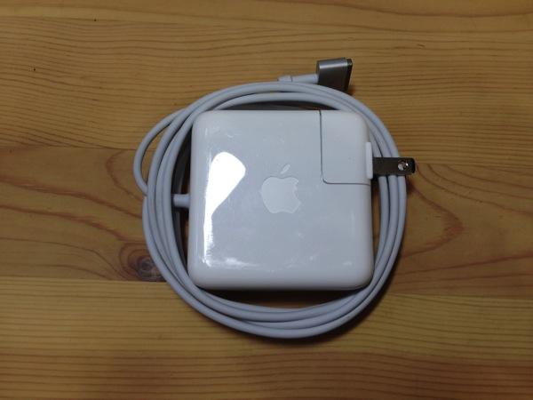 Hiroyaki MacBook cable005
