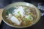 虎ノ門・峠そば 肉と白菜のそば(大盛/620円)