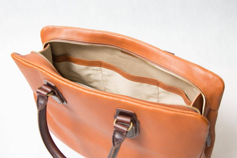 ブリーフバッグの内ポケット