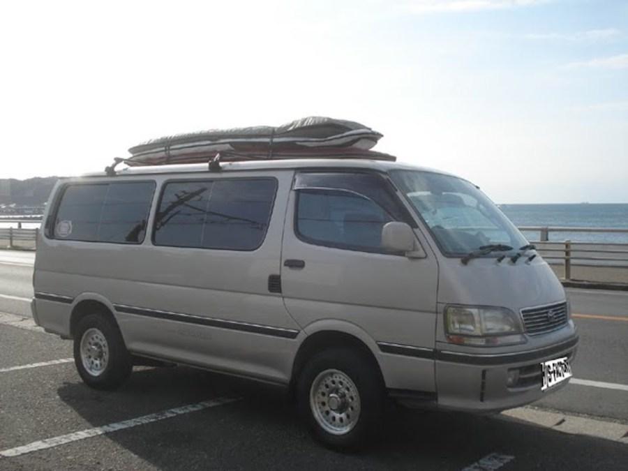 この頃はおっさん5~6人でよく千葉の海に行きました。