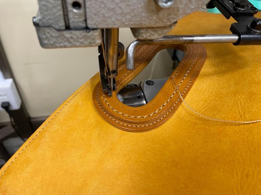 最後のまとめ縫製も0番糸
