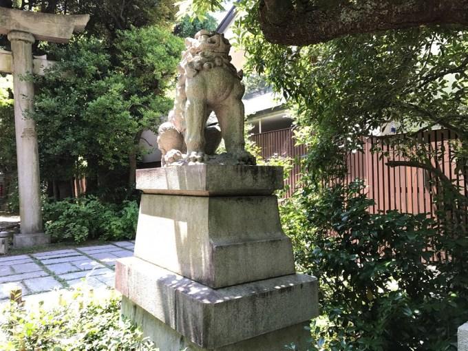 赤坂氷川神社狛犬4右