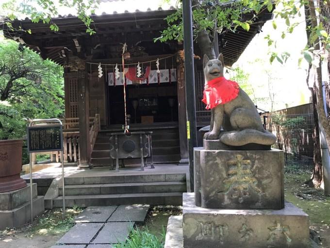 赤坂氷川神社四合神社狛狐右