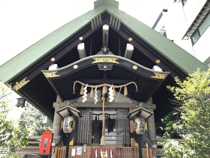 筑土神社拝殿