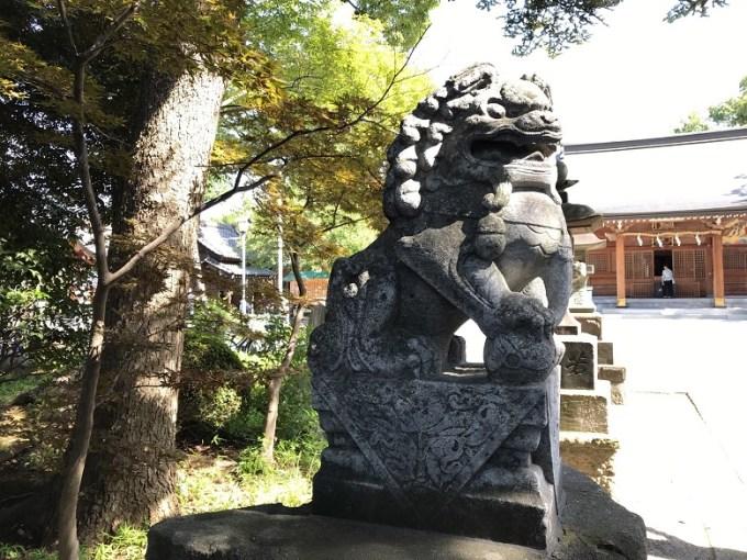 和楽備神社狛犬左