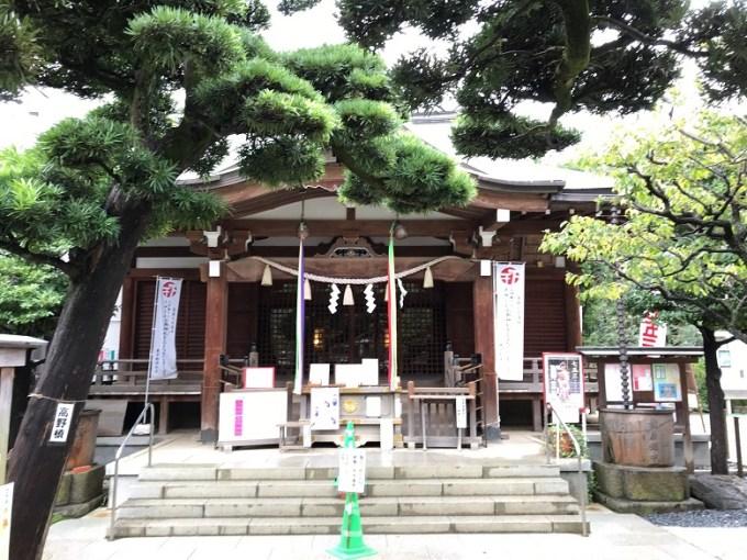 鳩森八幡神社拝殿