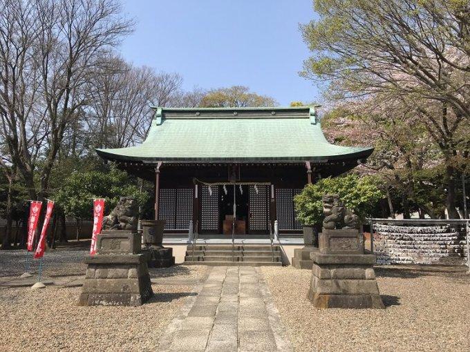 新曽氷川神社拝殿