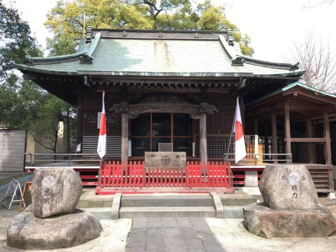 芳川神社拝殿