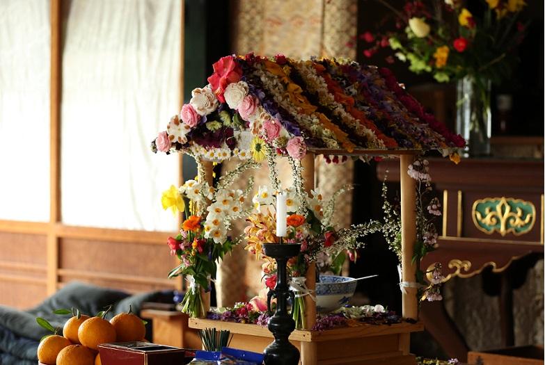 花祭りの花見堂です