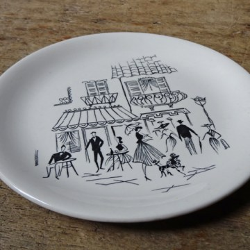 Vintage Alfred Meakin Paris café plate | H is for Home