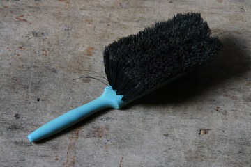 Blue vintage Sapphire brush | H is for Home