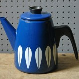 Blue Cathrineholm Lotus coffee pot | H is for Home