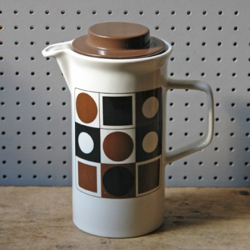 Johnson Brothers circles & squares coffee pot