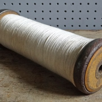 Large mill cotton reel