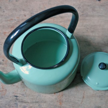 Vintage green enamel kettle | H is for Home