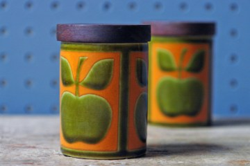 Hornsea Pottery apple shakers