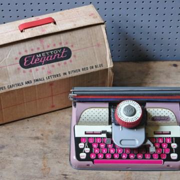 Vintage toy Mettoy Elephant typewriter